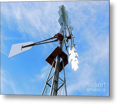 Metal Print featuring the photograph Windmill - Mildly Cloudy Day by Ray Shrewsberry