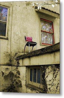 Window Seat Metal Print by Arthur Fix