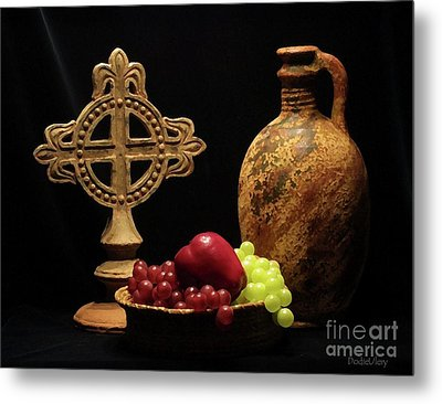 Metal Print featuring the photograph Wine And Fruit by Dodie Ulery