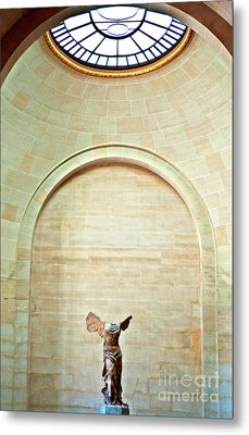 Winged Victory Of Samothrace Louvre Metal Print