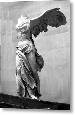 Winged Victory Paris France Louvre Gallery Metal Print by Richard Singleton