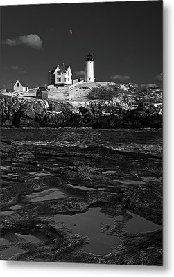 Winter At Nubble Lighthouse Bw Metal Print by David Smith