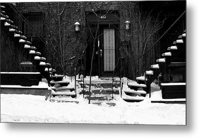 Winter In Montreal Metal Print by Robert Knight