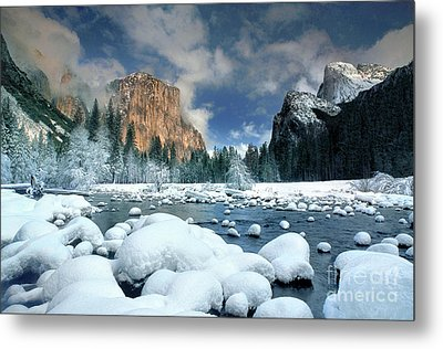 Metal Print featuring the photograph Winter Storm In Yosemite National Park by Dave Welling
