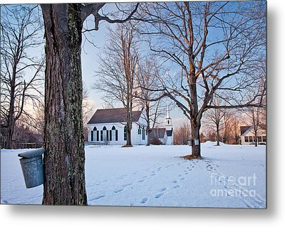 Winter Sunset In New Salem Metal Print by Susan Cole Kelly