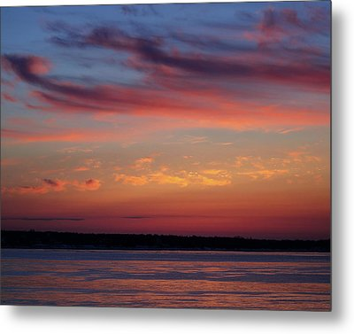 Wispy Sunrise Pink And Purple Metal Print