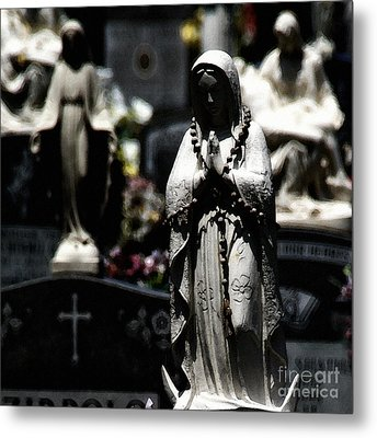 With Every Bead A Prayer Metal Print by Linda Shafer