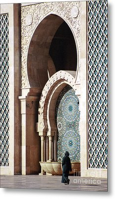 Woman At Mosque - Casablanca Metal Print by Linda  Parker