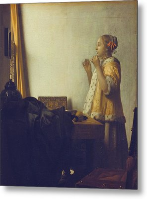 Woman With A Pearl Necklace Metal Print by Jan Vermeer