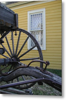 Metal Print featuring the photograph Woodgrain And Lace by Nancy Taylor