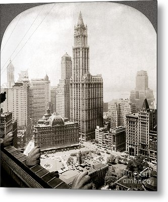 Woolworth Building, 1920s Metal Print by Granger