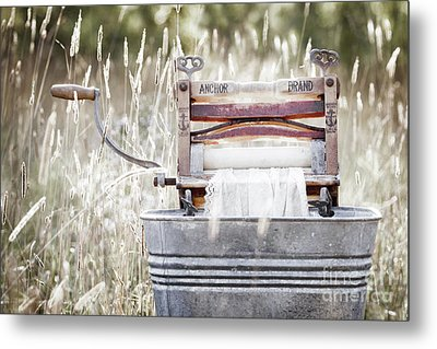 Wringer Washer - Retro Matte Metal Print
