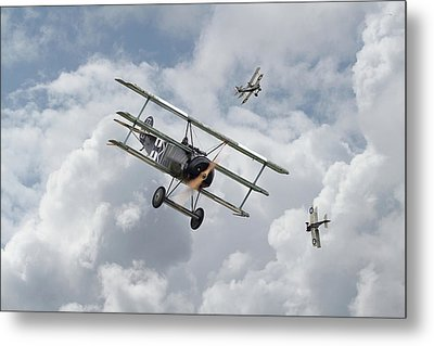Metal Print featuring the photograph Ww1 - Fokker Dr1 - Predator by Pat Speirs