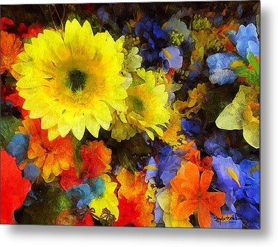 Xtreme Floral Seventeen Into The Depths Metal Print by Spyder Webb