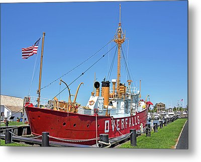 Metal Print featuring the photograph Lightship Overfalls Lewes Delaware by Brendan Reals