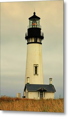 Yaquina Head Lighthouse - Newport Or Metal Print