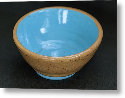 Yellow And Blue Ceramic Bowl Metal Print by Suzanne Gaff