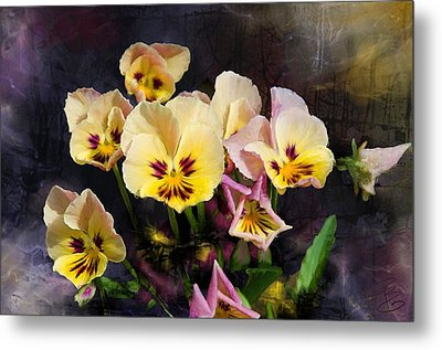 Yellow And Pink Pansies Metal Print