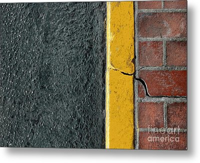Yellow Curb Metal Print by Dan Holm