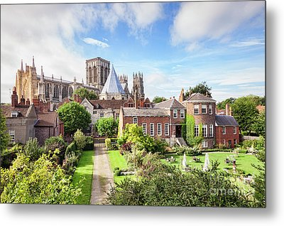Metal Print featuring the photograph York Minster by Colin and Linda McKie
