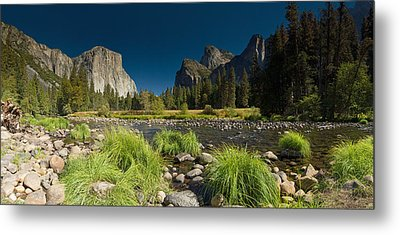 Metal Print featuring the photograph Yosemite - El Capitan by Gary Cloud