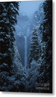 Yosemite Falls In January Metal Print by Stan and Anne Foster