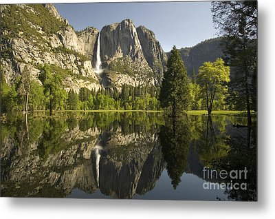 Yosemite National Park, California Metal Print by Inga Spence