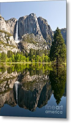 Yosemite National Park, Springtime Metal Print by Inga Spence