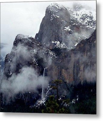 Yosemite Snowy Bridalveil Falls  Metal Print by Jeff Lowe