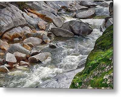 Yuba Is Flowing Metal Print by William Havle