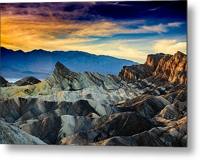 Zabriskie Point At Sundown Metal Print by Janis Knight