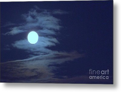 Zig Zag Moon Metal Print by Mary Deal