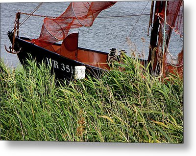 Metal Print featuring the photograph Zuiderzee Boat by KG Thienemann