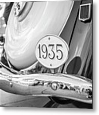 1935 Black And White Metal Print by Gary Gillette