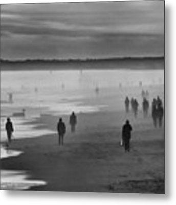 Coney Island Walkers Metal Print by Eric Lake