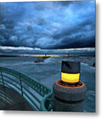 Harbor Light Metal Print