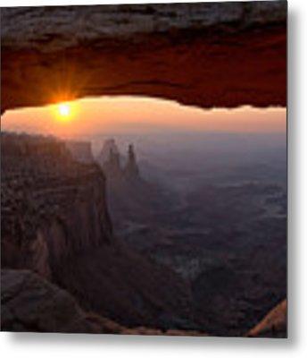 Mesa Arch Sunrise Metal Print by Darlene Bushue
