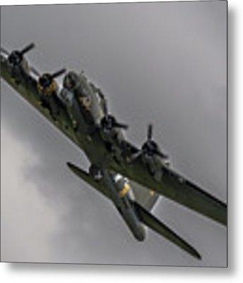 Raf Scampton 2017 - B-17 Flying Fortress Sally B Turning Metal Print by Scott Lyons