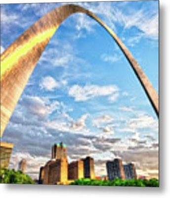 Saint Louis Skyline Morning Under The Arch Metal Print