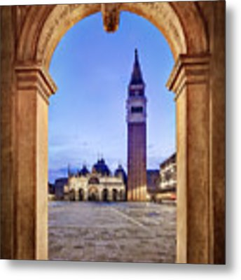 St Mark's Square Arch - Venice Metal Print by Barry O Carroll