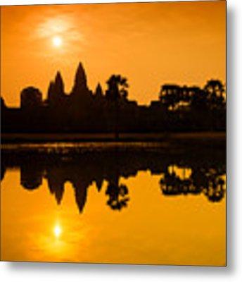 Sunrise At Angkor Wat Metal Print by Yew Kwang