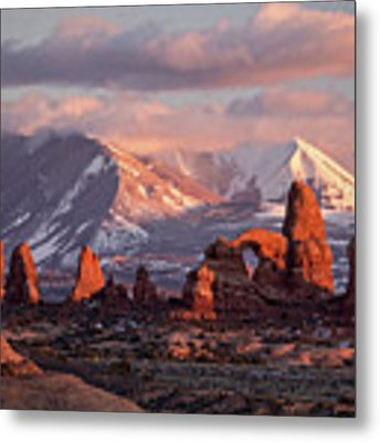 Winter In Arches Np Metal Print by Wesley Aston