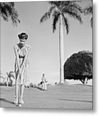 Havana, Cuba Metal Print by Michael Ochs Archives