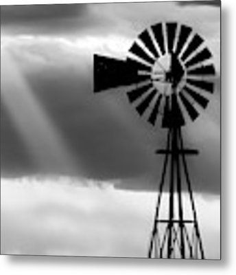Bw Windmill And Crepuscular Rays -01 Metal Print by Rob Graham