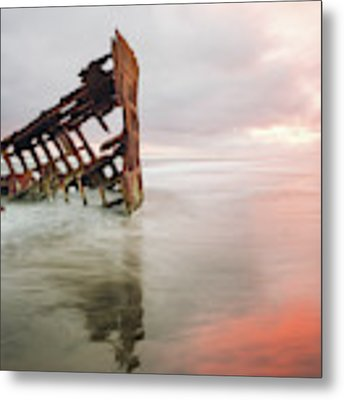 Peter Iredale Shipwreck Metal Print by Nicole Young