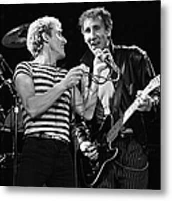 The Who In Concert At The Forum Metal Print by George Rose
