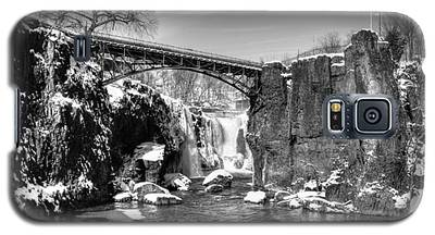 Great Falls In The Winter Galaxy S5 Case