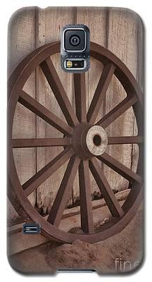 An Old Wagon Wheel Galaxy S5 Case