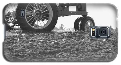 Old Tractor II In Black-and-white Galaxy S5 Case