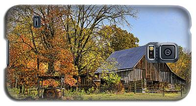 Country Barn And A Pink Flamingo By H H Photography Of Florida Galaxy S5 Case